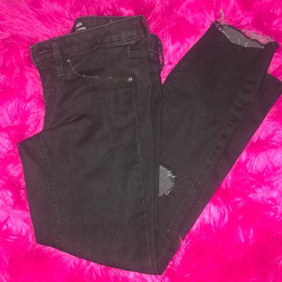 Mossimo Supply Co. Denim - Black jeans 00